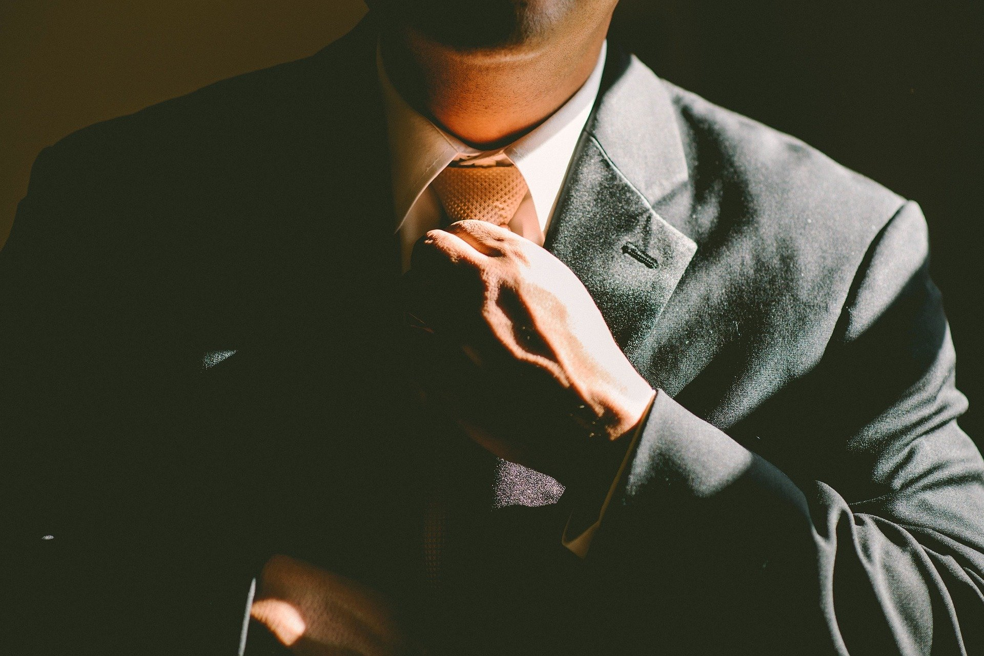 Hoe Vind ik de Beste Makelaar? – Tips om U te Helpen bij het Vinden van de Juiste Makelaar